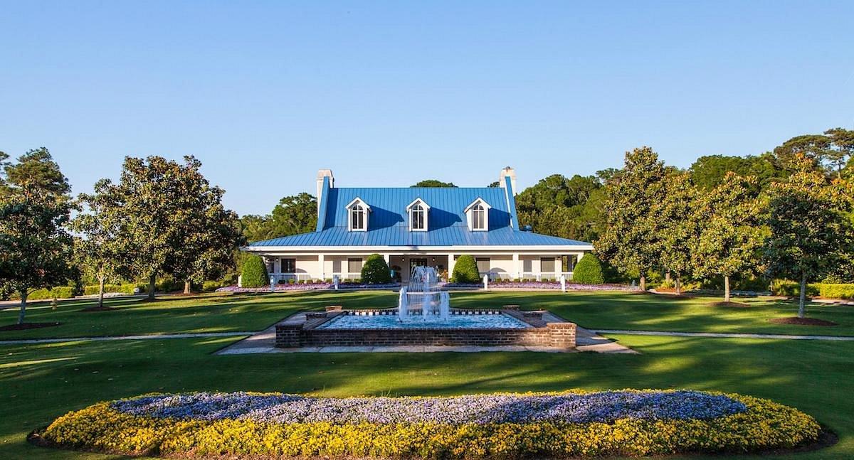true-blue-golf-resort